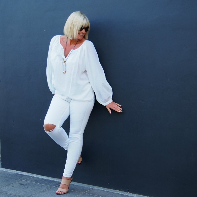 White Denim: 4 Looks
